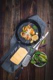 Испеченные картошки hasselback Стоковое Изображение RF