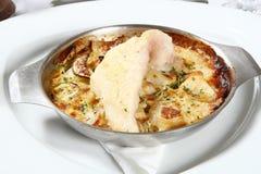 испеченные рыбы casserole Стоковые Изображения