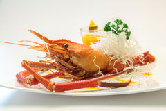 Испеченные crayfish на тарелке Стоковое Изображение
