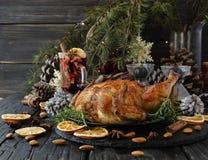 Испеченный цыпленок на рождество или Новый Год Стоковое Изображение RF