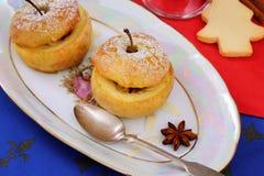 2 испеченных яблока как десерт рождества Стоковые Фотографии RF