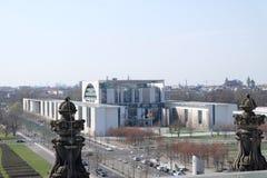Исполнительная власть Bundeskanzleramt строя Берлин стоковое фото rf