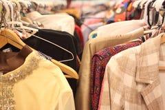 используемая одежда стоковая фотография
