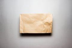 используемая бумага мешка коричневая сделанная Стоковое фото RF