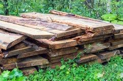 Используемая куча древесины огня Стоковые Фото