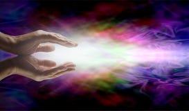Испуская лучи энергия Reiki заживление Стоковые Фотографии RF