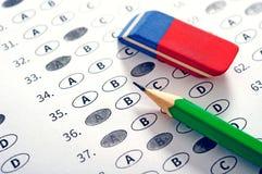 Испытайте лист ответа с карандашем Conce образования испытания рассмотрения Стоковые Изображения RF