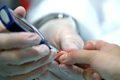 испытание сахара крови Стоковые Изображения