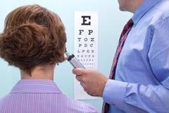 испытание opticians глаза стоковое фото rf