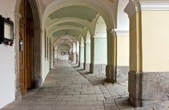 Историческая аркада в Прага (Чешская Республика) Стоковая Фотография