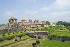 Историческая архитектура Jahaz Mahal Индии Стоковые Фото