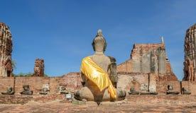 Историческая архитектура Wat Phra Mahathat в Таиланде Стоковая Фотография RF