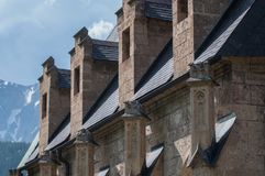 Историческая бортовая стена церков стоковое изображение rf