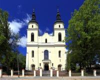Историческая римско-католическая церковь St Джейкоба Apostel в городке Jedwabne в Польше Стоковые Изображения RF
