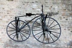 Историческая смертная казнь через повешение велосипеда на стене, Стоковые Фото