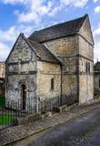 Историческая Saxon церковь St Laurence в Bradofed на Эвон, Уилтшире, Великобритании стоковые изображения
