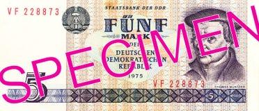 Исторические 5 восточное - obverse банкноты 1975 немецкой метки стоковая фотография rf