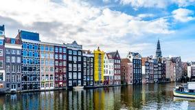 Исторические дома в городе Амстердама стоковая фотография