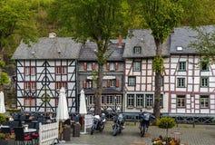 Исторические дома в Monschau, Германии стоковое фото