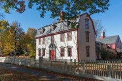 Исторический колониальный дом Стоковые Изображения