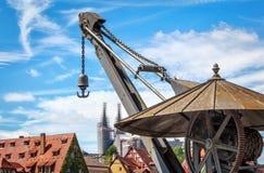 Исторический кран в гавани Бамберга, Германии Стоковые Фото