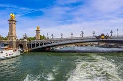 Исторический мост Pont Александр III над рекой Сеной в Париже Франции стоковое фото rf