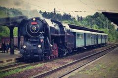 исторический поезд пара Специально запущенный чехословакский старый поезд пара задействует и для путешествовать вокруг чехии Стоковое фото RF