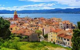 Исторический старый городок St Tropez, Провансали, Франции стоковое фото rf