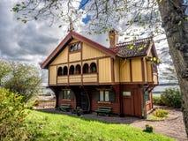 Исторический старый деревянный дом в Lysekil, Швеции Стоковое Изображение RF