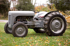 исторический трактор Стоковые Фото