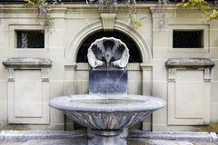 Исторический фонтан в старом городке Bern Стоковые Изображения