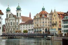 Исторический центр города Luzern, церков и реки Reuss, Switzerl стоковые фотографии rf