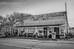 Историческое город-привидение Benton в сьерра-неваде - BENTON, США - 29-ОЕ МАРТА 2019 стоковые фото