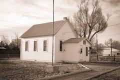 Историческое здание школы Tarryall около Wiggins CO Стоковые Фотографии RF