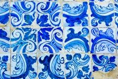 Историческое португальское голубое и белое украшение плиток мозаики Стоковые Изображения RF