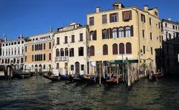 Историческое Palazzo в Венеции, Италии стоковые изображения rf