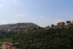 История, красота и природа - несколько элементов в одном из городка Veliko Tarnovo Стоковое Фото