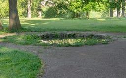 Источник в парке в Веймаре стоковое изображение rf