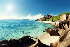 Источник d'Argent, остров пляжа Digue Ла Стоковое Изображение RF