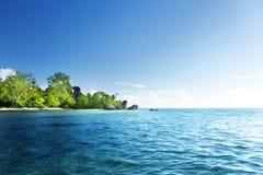 Источник d'Argent, остров пляжа Digue Ла Стоковые Изображения