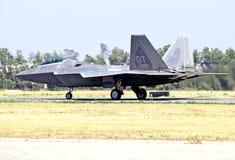 Истребительная авиация хищника Lockheed Martin F-22 тактическая Стоковое фото RF