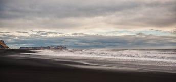 Исландия Черный пляж Стоковое Изображение