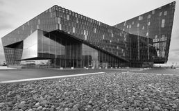 Исландия. Reykjavik. Концертный зал Harpa. Экстерьер Стоковые Фото
