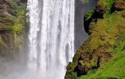 Исландский водопад Skogafoss, часть его Стоковое Изображение RF