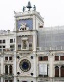 Италия, Венеция, St отметит квадрат, centure башни с часами пятнадцатое Стоковое фото RF