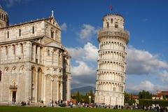 Италия полагаясь башня pisa Стоковые Изображения RF