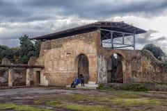 Италия, Помпеи, двор 02,01,2018 из ванн Stabian (термины Стоковое Фото