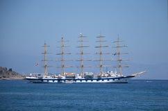 Италия, Сицилия Взгляд красивого корабля стоковые фотографии rf