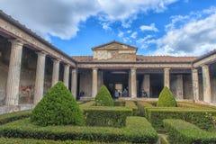 Италия, Pompei, 02,01,2018 peristyle (сад) Касы Стоковые Фотографии RF