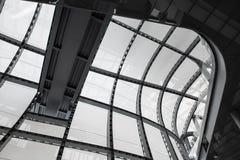 Италия rome 14-ое апреля 2018 Здание архитектуры облака современное Стоковое фото RF